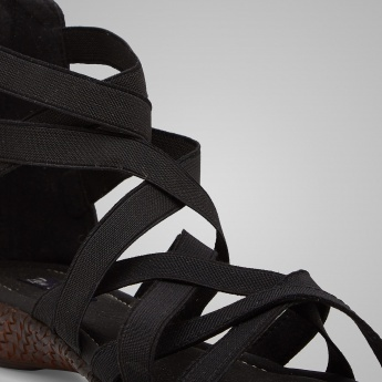 RAW HIDE Style Edge Sandals