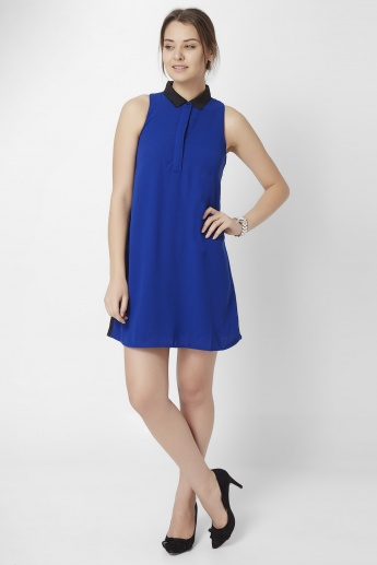 GINGER Solid Collared Shift Dress