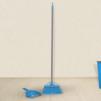 Indus Long Hair Brush With Dustpan And Handle