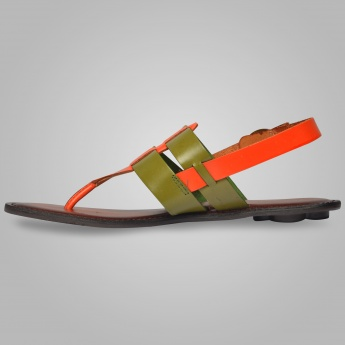 CATWALK Buckle Closure Sandals