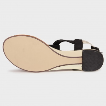 PAPRIKA Back-Zip Flat Sandals