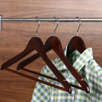 Winston Kennedy Wooden Shirt Hanger- Set Of 3