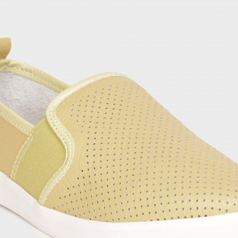 GINGER Perforated Top Plimsolls