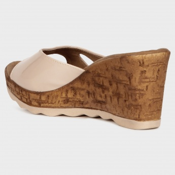 RAW HIDE Cross-Strap Wedges