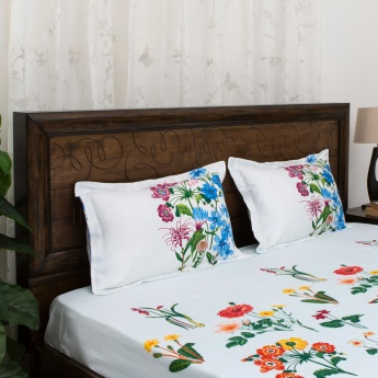 PORTICO BOTANICAL Floral Printed Super King Size Bedsheet And Pillow Cover Set