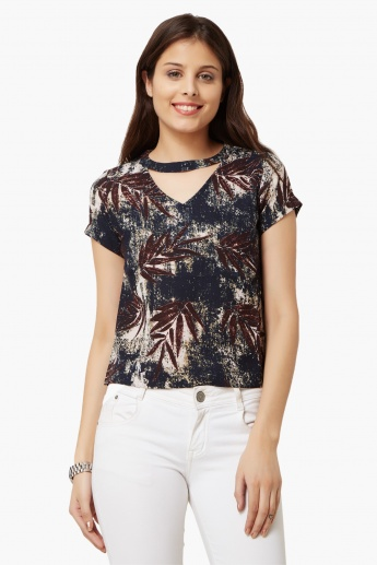 CODE Print Cut-Out Neck Top