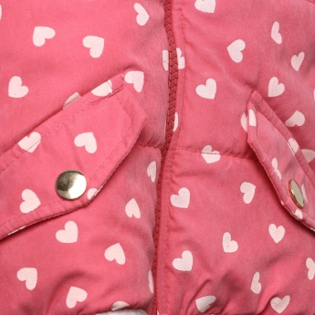 JUNIORS Heart Print Sleeveless Hooded Jacket