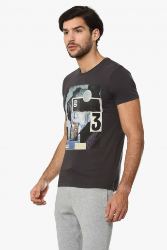 UNITED COLORS OF BENETTON Graphic Print Crew Neck T-Shirt