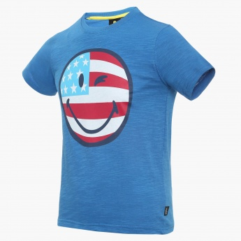 SMILEY Winkey Face Crew Neck T-Shirt