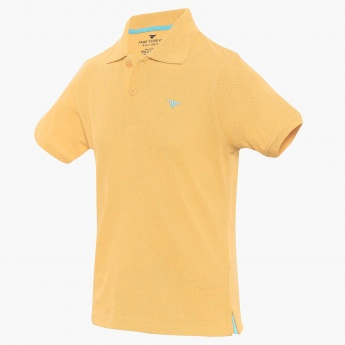 FAME FOREVER Solid Polo Neck Tee