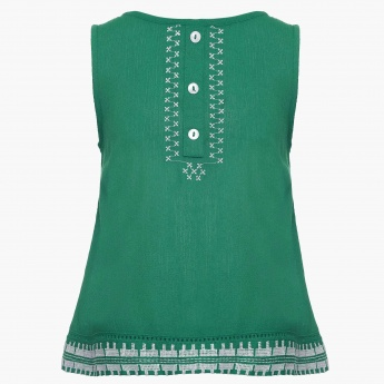 JUNIORS Cross Embroidery Sleeveless Top