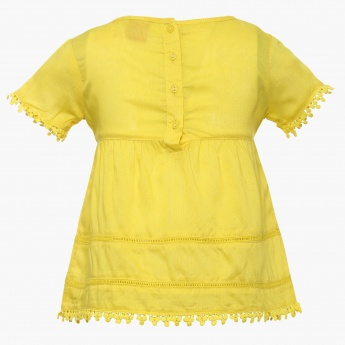 JUNIORS Solid Lace Trim Top