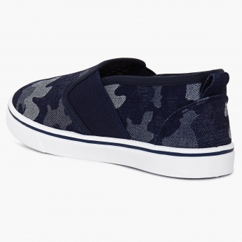 FAME FOREVER Denim Camo Print Slip-On Shoes