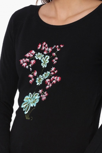 GINGER Embroidered Detail Flared Sleeves Sweater