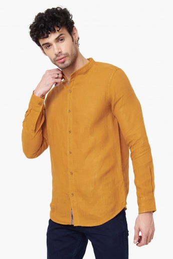 SPYKAR Slim Fit Solid Casual Shirt
