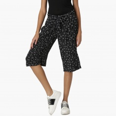 SMILEY Printed Woven Tie-Up Waist Capris