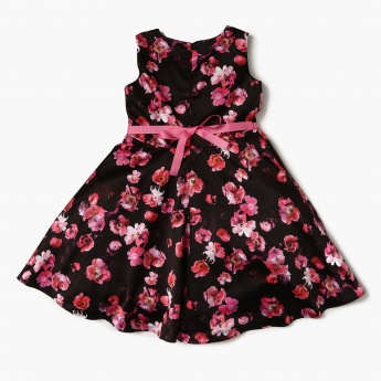 FAME FOREVER Floral Printed Fit And Flare Dress