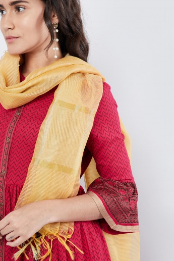 MAX Striped Tasselled Edge Dupatta