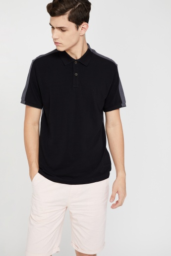 5ac44375 INDIAN TERRAIN Regular Fit Solid Polo T-shirt | Black