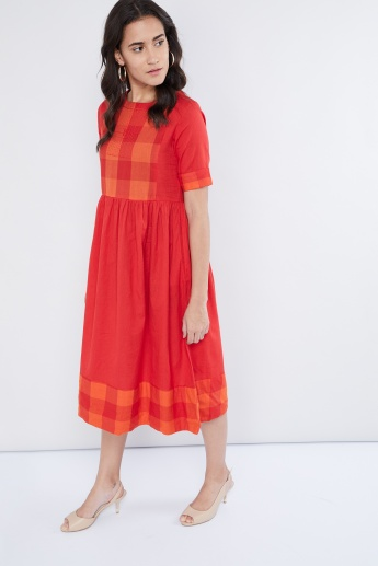 MAX Gingham Check Midi Dress with Back Placket
