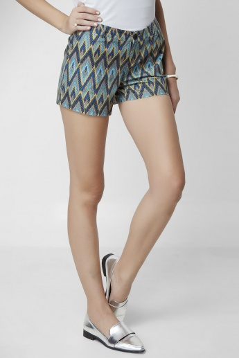 ONLY Aztec Printed Mid Rise Shorts