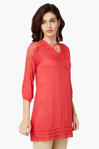 FUSION BEATS Solid Tie-Up Neck Kurti