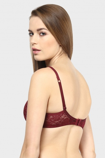 AMANTE Lacy Padded Bra