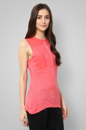 BOSSINI Solid Front Pocketed Sleeveless Top