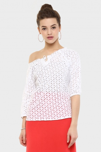 FAME FOREVER Cut-out Tassel Knot Top