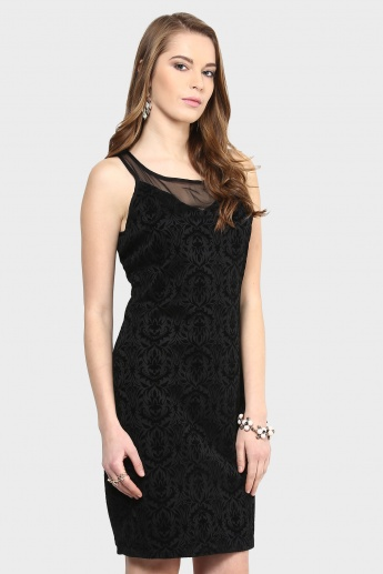 GINGER Embossed Affair Dress