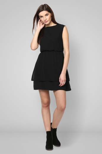 GINGER Solid Layered Dress