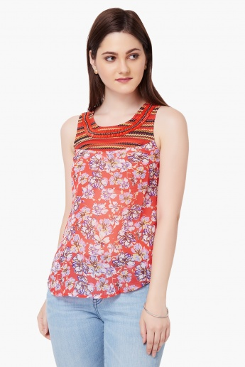 GINGER Printed & Embellished Top