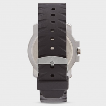 FASTRACK NE3039SP02 Men Analog Watch