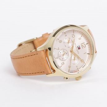 228cd6431 TOMMY HILFIGER Women Chronograph Leather Strap Analog Watch ...