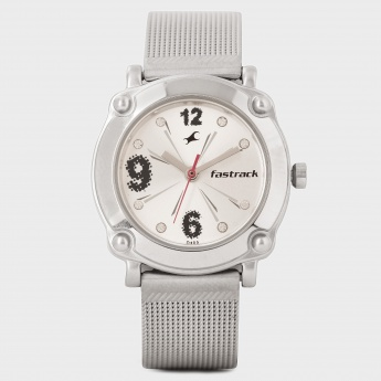 FASTRACK NF6027SM01 Analog Watch