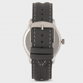 FASTRACK NF3001SL02 Analog With Day and Date Watch