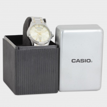 CASIO A843 Analog with Day & Date Watch
