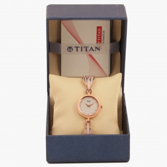 TITAN Raga 2540WM02 Analog Watch