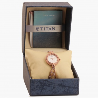 TITAN Raga 95022WM01J Analog Watch