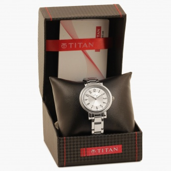 TITAN Workwear 2554SM01 Analog Watch