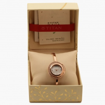 TITAN Raga 95003WM01J Analog Watch