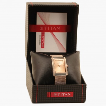 TITAN Workwear 95034WM01J Analog Watch