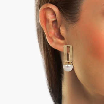 TONIQ Pearl Tower Stud Earrings
