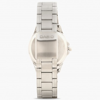 CASIO A840 Men Analog Watch