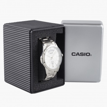 CASIO A841 Men Analog Watch