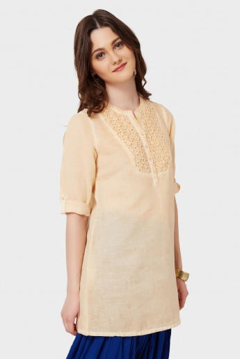 MELANGE Lacy Yoke Roll-Up Sleeves Kurti