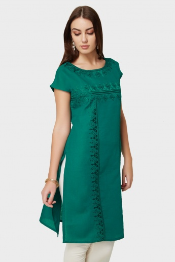 MELANGE Embroidered Short Sleeves Kurti