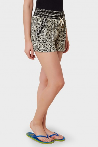STRINGS Printed Shorts